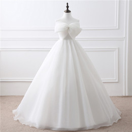 Wholesale Scalloped Sweetheart Tulle Ball Gown - In Stock Ball Gown Wedding Dresses Off the Shoulder Sweetheart Bow Front Women Big Bridal Gowns Bandage Vestidos 22408