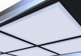 Panneau led construit en Ligne-La norme de l'Allemagne 620X620MM a mené le voyant du panneau de plafond de bureau du voyant LED 36W construit dans l'éclairage de l'hôpital LED