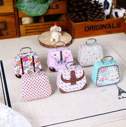 Wholesale Tins Containers - Zakka Mini Tin Box Europe Style Suitcase Shape Candy Storage Boxes Unique Wedding Favor Tin Organizer Retro Household Container For Kids