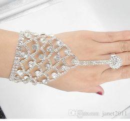 anelli del braccialetto della catena a mano Sconti Braccialetti di strass perla nuziale con anelli di barretta Braccialetti di catena schiavo nuziale bracciale con anello di dito