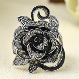 Wholesale Jewelry Fashion Gothic - Fashion New Gothic Style Vintage Jewelry Black Rose Flower Cute Female Ring with Rhinestones For Woman Jewelry Gift