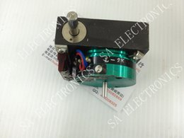 Wholesale Metal Gearbox - Wholesale- [[BELLA]Japan CPP-45B 2K biaxial conductive plastic potentiometer with reduction gearbox shaft 4MM--1PCS