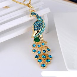 Wholesale crystal peacock pendant necklace - Retro Luxury Jewelry Colorful Peacock Pendant Vintage Sweater Chain Necklace Vintage Blue Peacock Necklaces With Crystal Diamond
