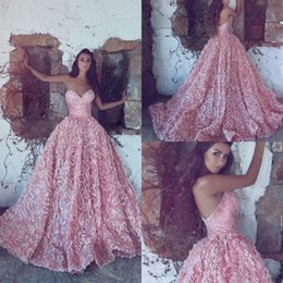 Wholesale Pink Princess Prom - 2018 New Luxury Pink Sweetheart Ball Gown Princess Evening Dresses Ball Gowns Sleeveless Lace Appliques Prom Dresses Long Sweep Train