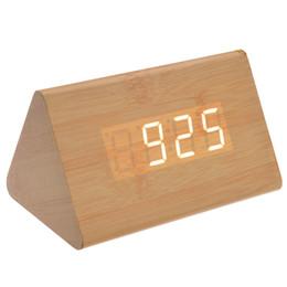 Argentina Al por mayor-012-11 en forma de voz activada LED blanco madera digital despertador de madera con fecha / temperatura (amarillo claro) cheap yellow digital alarm clock Suministro