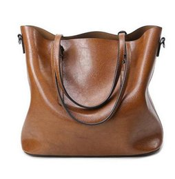 Wholesale Cross Body Totes For Women - 2016 Autumn Fashion Women Leather Handbags Large Capacity Tote Bag Oil Wax Leather Shoulder Bag Crossbody Bags For Women M376