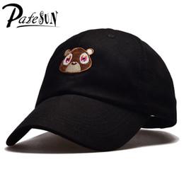 Gros-2017 vente chaude femelle snapback bébé ours broderie casquette de baseball course de haute qualité solide couleur rose noir gorras deportivas ? partir de fabricateur