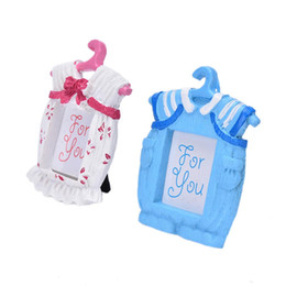 Wholesale Clothes Hanger Pink - 200 pcs Photo Frame Pink Blue Resin Baby Romper Suit Clothes Hanger Picture Frames Kid's Birthday Favor Party Decoration Gift