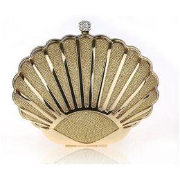Wholesale Heart Shape Clutches - Wholesale- Ladies Gold Clutch Heart Shape Designer Women Evening Bags Bridal Wedding Purse Dinner Bling Chain Handbag bolsas mujer XA952B