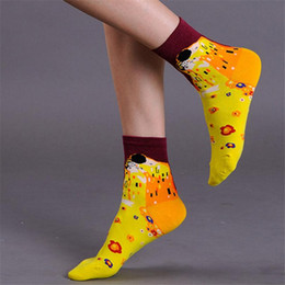 Wholesale Oil Paiting - Wholesale- New Style Female Socks Europe Van Gogh Retro Mona Lisa's Oil Paiting Peculiar Women Middle Tube Breathable Pure Cotton Sock W029