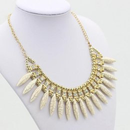 Wholesale Diamond Short Chain Necklace - New bohemian style turquoise Wolf tooth shape inlaid diamond fashion short necklace