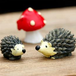 2019 miniature in resina all'ingrosso 2017 nuovo commercio all'ingrosso ~ 20 Set / resina riccio e funghi / miniature / animali belli / fairy garden gnome / terrarium decorazione / artigianato sconti miniature in resina all'ingrosso
