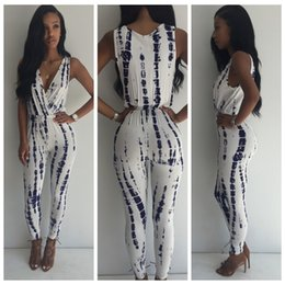 Wholesale Sxey V - 2016 Rushed 2017 New Design Sxey White Printing Jumpsuits Pleated V Neck Sleevele Romper Arrivals Mujer Casual Stree All Purpose Style N215