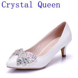 Wholesale Wedding Shoes Butterflies - Crystal Queen New Fashion 5CM High Heels Women Pumps Heel Sexy Wedding Shoes Rhinestone Bow Butterfly-knot Shoes
