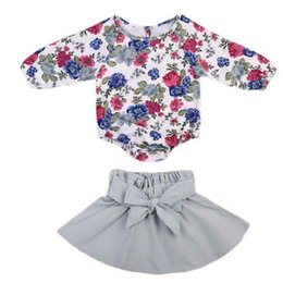 2019 bodysuit della ragazza di compleanno Fall Little Girls Clothing Set Carino floreale stampa tre quarti neonate Body a vita alta gonna con Big Bow Birthday Set sconti bodysuit della ragazza di compleanno