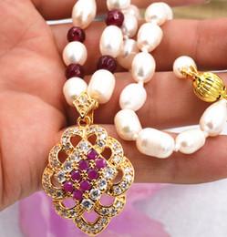 Oro bianco collana di granato ciondolo online-Nuova collana di pendente in oro bianco con perla akoya coltivata con rubino granato