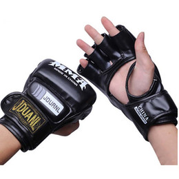 fighting training gear Promo Codes - Half Finger Boxing Gloves Men Gants De Boxe Mma Luva Boxe Mma Gloves Fighting Training Luva De Box Pu Sandbag Boxing Equipment Gear