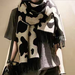 Wholesale Scarf Star Pattern Cotton - 6pcs lot fall winter Cow star womens fashion cashmere scarf grant shoulder fashion national wind Pashmina scarves cotton 2 patterns
