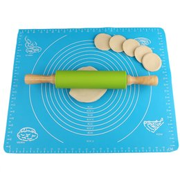 Wholesale Pin Rolls - 12 inch Colorful Rolling Pins Baking Tools Non-stick Silicone Surface Rolling Pins Wooden Handle Fondant Roller