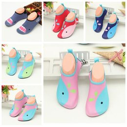 Wholesale Wholesale Shoe Stretch - Kids Lightweight Water Shoes Girls Soft Barefoot Shoes Boys Quick-Dry Shoe Cartoon Aqua Beach Socks Summer Children Anti-slip Shoes J577