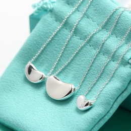 Colgante de arveja online-Regalo de cumpleaños Collares pendientes S925 Collar de plata esterlina del guisante para las mujeres Collares de clavícula para la joyería nupcial de la boda para la novia