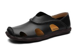 Wholesale Comfortable Gold Sandals - 2017 New Summer Sandals Men Slip On Leather Sandal Soft Comfortable Breathable Flat Sandals Men's Shoes Casual Brown Hombre