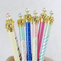 2019 stylo à colle en gros 50pcs belle métal couronne gel stylo pour l'écriture papeterie fournitures de bureau scolaire couleur aléatoire