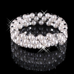 Wholesale white pearl bangles - 2017 Faux Pearl Crystal Bracelet Bridal Jewelry Wedding Accessories Lady Prom Evening Party Jewery Bridal Bracelets Women Free Shipping