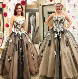 Wholesale Triangle Multi Color Beads - 2017 Quinceanera Dresses Ball Gown with Strapless Neckline and Lace Up Back Real Pictures Appliques Tulle multi-color Prom Dress Sleeveless