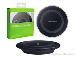 Wholesale Iphone Chargers Retail - 2016 Universal Qi Wireless Charger not fast Charging For Samsung Note Galaxy S6 s7 Edge mobile pad with retail package with usb cable..