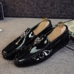 Wholesale Patent Leather Boat Shoes - Leather Mens Shoes Loafers Men Casual Shoes Spring Shoes 2017 Men Loafers Driving Shoe Breathable Soft Boat Shoe High Quality Moccasins vanx
