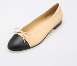 2019 sapatas do ballet do diamante Mulheres ballet sapatos baixos top quality original marca de moda de luxo clássico Couro Genuíno sexy ladies Diamante de costura sapatos casuais sapatas do ballet do diamante barato