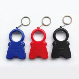 Figura tre in un apribottiglie LY-537 sorriso luci LED Keychain chiave lampada lente d'ingrandimento cheap keys smile da chiavi sorridono fornitori