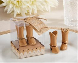 """Wholesale Hitch Wholesale - 100pcs=50sets Lot+""""Just Hitched"""" Ceramic Cowboy Boot Salt and Pepper Shakers Bridal Shower Favors For Guest+FREE SHIPPING"""