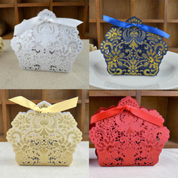 Wholesale Paper Favor Candy Bags Wholesale - Wedding Favor Holders Candy Chocolate Bags Laser Cut Dark Navy Blue Paper With Ribbons Wedding Gift Boxes BW-FH0011