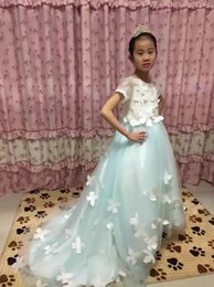 Wholesale Girl Short Flowers - Fashion 2017 New Ball Gown O-Neck short sleeve Lace Floor length Court train Flower Girl Dresses Hand Made Flower children dress up costumes
