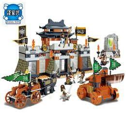 Wholesale Chinese Action Figures - Sluban The Chinese Feature Three Kingdoms Castle Big Scene Action Figure Building Blocks Toys for Children Compatible Lepins