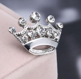 Wholesale Anchor Anniversary Gifts - Yiwu Factory Wholesale Fashion Jewelry Zinc Alloy Silver Tone RHINESTONE MINI CROWN Pin BROOCH For Pageant