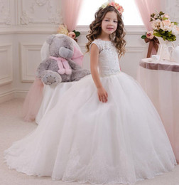 Wholesale Size Pageant Girls - Lace Flower Girl Dresses 2017 White Ball Gown Plus Size First Communion For Girls Girls Pageant Dresses