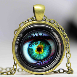 Wholesale Crystal Toy Eye Wholesale - Eye in a Camera Lens Photographer Fashion Necklace brass silver Pendant steampunk Jewelry Gift women new chain toy mens