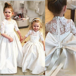 Wholesale Hot Holy Dress - Vintage Lace Taffeta Flower Girls Dresses Half Sleeves Kids Puffy Party Dress Big Bow Sash Holy Communion Dresses For Girls 2017 Hot Sale
