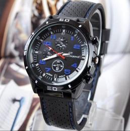 Chaude GT Mens Luxe Noir Caoutchouc Sport Quartz Meilleur Montre-Bracelet De Mode Design Drop Ship. ? partir de fabricateur