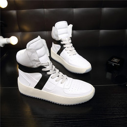 Wholesale Leather Mail - Free mail 2018 new FeaOfGod couples super AAA quality shoes white leather is 35-46 yards recreational men 's shoes factory wholesale