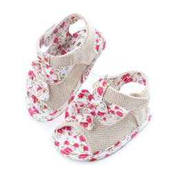 Wholesale Infant Flower Sandals - 2017 Toddler Floral Sandals Infant Kids girls Princess Bow Shoes Bebe Anti-slip Soft Clogs Childrens Summer shoes