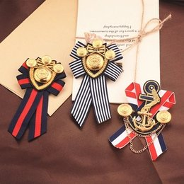 Wholesale Pins Suit - Wholesale- 2016 Direct Selling Hot Sale Plated Trendy Anchor Lovers' Broche Female British Brooch Navy Wind Badge Male College Suit Pin