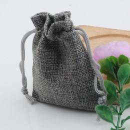 Горячо ! Ювелирные изделия упаковка 50 шт. серый льняная ткань шнурок сумки конфеты ювелирные изделия подарок мешочки мешковины подарок джутовые сумки 6.5x8.5 см / 10x14cm / 13x18 от