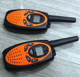 Wholesale Channel Business - Portable 1W long range business walkie talkie radios UHF transceiver mobile radio PMR FRS 3km dual channel standby w  121 sub-code