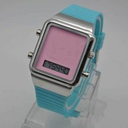 Wholesale Women Watches Style - NEW STYLE Brand New Design Fashion Luxury Men Women Dress Watch small pointer display Ladies Bear Wristwatch Relogio Masculino Clock