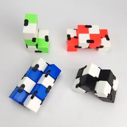Wholesale Infinite Gifts - Novel Magical Infinite cube Finger Cube Plastic Hand Cube Anxiety Stress Relief Focus Toys Gift Puzzle Anti Stress Relief Toys Magic Fidget