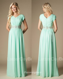 Wholesale Modest Champagne Bridesmaid Dresses - High Quality Beaded Mint Green Bridesmaid Dress Modest A-Line Chiffon Formal Maid of Honor Dress Wedding Guest Gown Custom Made Plus Size